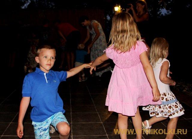 Танцуем сами